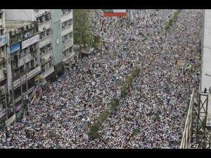 :: انظر بنفسك :: أطول مسيرة بشرية لمؤيدى الرئيس المصري المنتخب محمد مرسى 7/ 2013